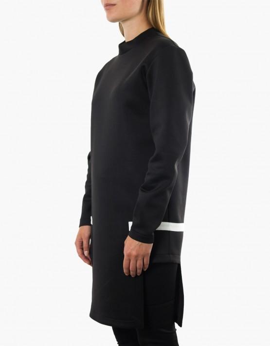 KAN sweater detail